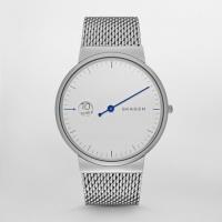 ■商品詳細 Stainless steel watch featuring white minima...