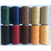 レザークラフト用の蝋引き糸です。 平紐タイプで通しやすく、手縫いに最適です。  【長さ】260m 【...