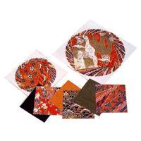 日本的伝統の優雅な友禅模様を手すき和紙にプリントした千代紙です。 紙工作の化粧貼りや折り紙など、豊富...