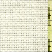 コスモ刺しゅう布は品質の高い綿素材を使用しています。表示価格は10cm単位(税込)です。