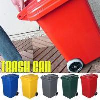 とてもオシャレでカッコイイ、プラスチックのゴミ箱&収納BOXです。 大きさは家庭用ゴミ袋でお馴染みの...
