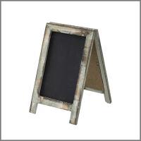 昔から使われていたような風合いのSHABBY GARDENシリーズ。  小さな黒板。  植物や小物と...
