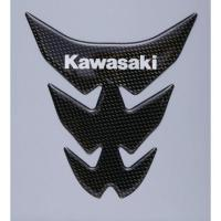 【サイズ】W:131mm L:142mm 【商品説明】オリジナルカーボン調「Kawasaki」ロゴ入...