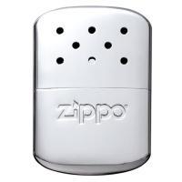 ZIPPOのハンディウォーマーは、中にベンジン等のカイロ用燃料を入れて着火するタイプのカイロ。 「使...