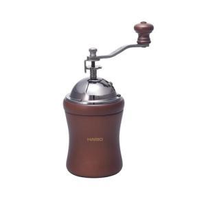 セラミック製の臼を使用しているため、摩擦熱が発生しにくく、熱によるコーヒー粉へのダメージを防ぎます。...