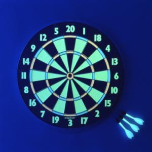 送料無料 光るダーツボード 蛍光 ハードダーツ パーティゲーム シャイン-45|06xy