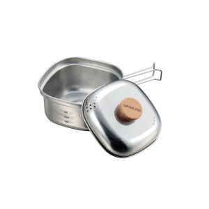 キャンプやトレッキングなど、1〜2人用に適したクッカーです。 ふたは湯切り穴付きで焼きそばなどに最適...