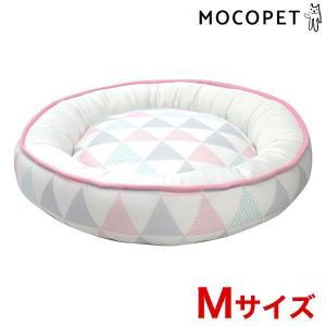 ペットべッド 夏用 犬ベッド 猫ベッド 犬用ベッド 猫用ベッド 全面接触冷感ラウンドベッド 三角柄 M RB-60 大阪杉本 (D)の商品画像 ナビ