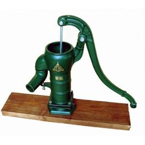 手押しポンプ(井戸ポンプ)TB式共柄ポンプ:木製台付き ステンレススリーブ仕様(T35PSTKDF) 1128