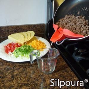 汁ポーイ silpoura フライパンからこぼさず注げるキッチンツール 1147kodawaru