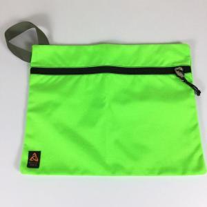 ミステリーランチ MYSTERY RANCH フラット バッグ FLAT BAG Lサイズ アメリカ製 ネオングリーン 希少モデル 希少色 L ネオン|2ndgear-outdoor