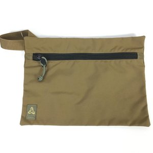【M】ミステリーランチ フラット バッグ FLAT BAG Mサイズ 生産終了モデル 入手困難 MYSTERY RANCH コヨーテ ベージュ系|2ndgear-outdoor