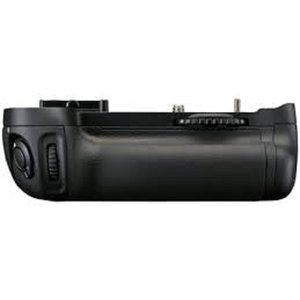 Nikon マルチパワーバッテリーパック MB-D14