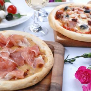 【母の日】2種のピザセット(神戸ポーク生ハムとトリュフクリームピザ200g、神戸ポークウインナーとオリーブのトマトピザ240g)|5mm
