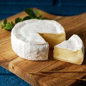 よつ葉 北海道 カマンベールチーズ 100g【冷】