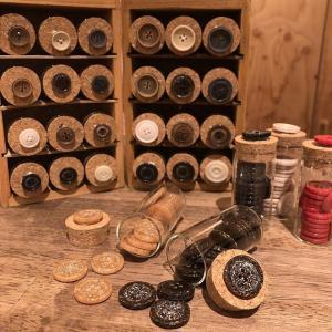 wood30-15mm ポリエステルボタン 木屑 環境配慮 999b