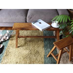 アカシア ベンチ アカシアの素材感を生かしたベンチ シンプルなプロダクトはチェアでもテーブルにも幅広く活躍できるアイテム a-depeche