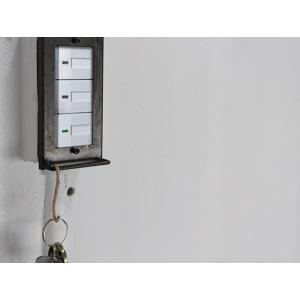 アイアン ハングバー スイッチプレート ワイド チェーンやフックなど、引っ掛けられるバーの付いたスイッチプレート  ワイドタイプのスイッチに対応|a-depeche