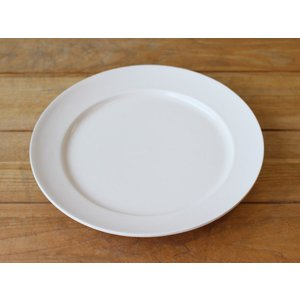 ソルベ 9inch プレート(白) 和食 洋食を選ばない、丸い形状のお皿|a-depeche