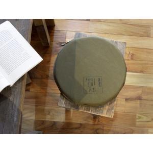 アウトドア クッション OUTDOOR CUSHION 屋外はもちろん、屋内でも使いたい厚みのあるクッション。|a-depeche