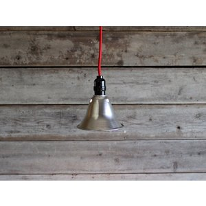 ファクトリーペンダント(S) 赤いコードがワンポイント。インテリアに使いたい照明|a-depeche