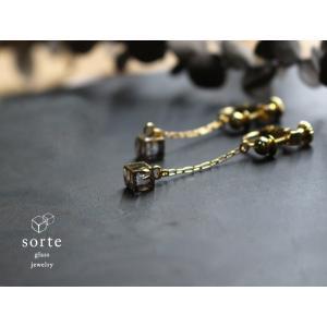 sorte glass jewelry イヤリング SGJ-017E ガラスと金の繊細な組み合わせを楽しむイヤリング|a-depeche