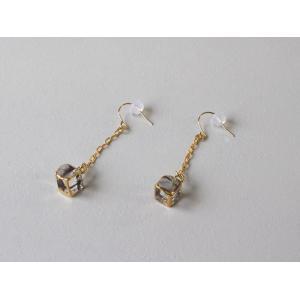 ピアス sorte glass jewelry ピアス SGJ-017P ガラスと金の繊細な組み合わせを楽しむピアス|a-depeche
