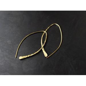 ro-ji kuni ピアス フック BP117(L) 真鍮の繊細なゆらぎを楽しむシンプルなピアス|a-depeche