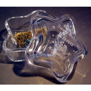 名前入りアクセサリーボックスガラス星型 誕生日の贈り物出産祝|a-kana