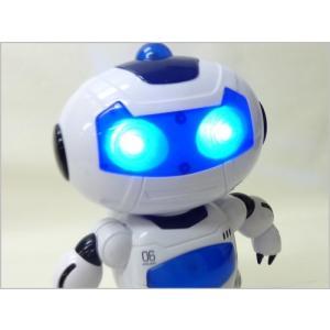 送料無料(通常地域)!LEZHOU TOYS◇サウンド機能・デモ機能付ラジコンロボット「ロボエース」...