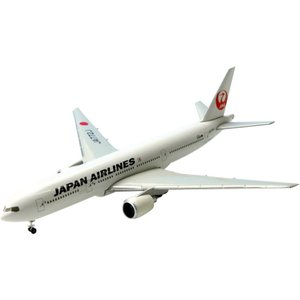 日本航空「B777-200」を1/500スケールで再現しました。