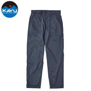 KAVU カブー Ms シンプルパンツは名前のとおり、コットンとポリエステルの混成生地を使用したシン...