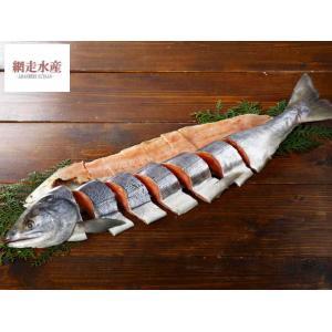 □ 商品説明 □ 8月末、秋鮭漁シーズンを迎え漁港は一斉に活気づきます。  産卵のために帰ってきた鮭...