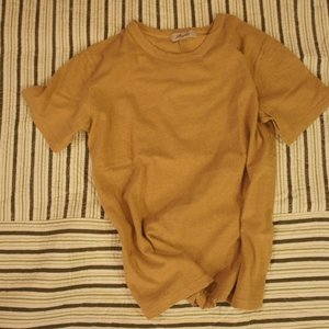 ICHI Antiquite's ベーシック半袖Tシャツ マスタード|abracadabra