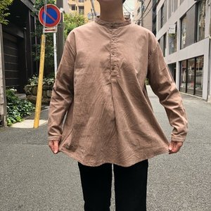 ICHI (イチ) 細コールバンドカラーシャツ ベージュ|abracadabra