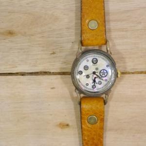 ArtyArty Japan Araki PIVO ハンドメイド腕時計|abracadabra