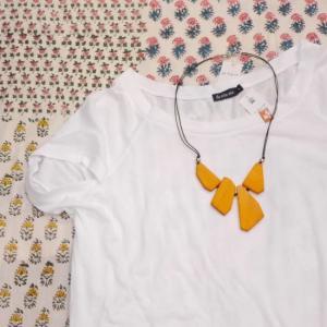 by the sea Indonesia カジュアルルーズTシャツ ホワイト|abracadabra