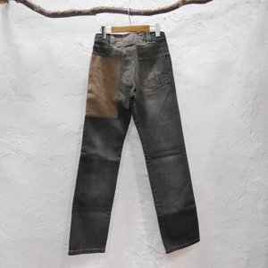 DECAUVILLE PANTS ストレートブラックジーンズ|abracadabra