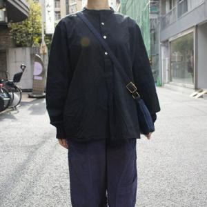 ブルガリア 50'sグランパシャツ ブラック|abracadabra