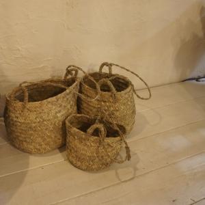 SIZE 直径30cm 高さ25cm 紐の長さ60cm  一つ一つ職人による手編みの為、 サイズに多...