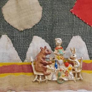 Palnart Poc(パルナートポック) 森の宴ブローチ 約1ヶ月でのお届け|abracadabra