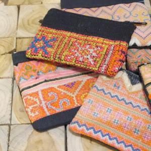 モン族古布ポーチ 全6種類|abracadabra