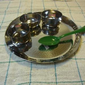 槌目ラウンドターリー皿 27.5cm|abracadabra