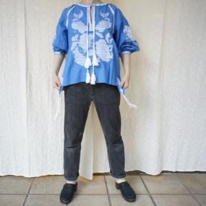 Topanga Fashion エンブロイダリーカフタンブラウス ブルー|abracadabra