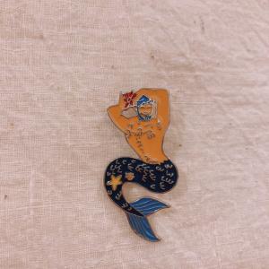 TOPANGA Accessory ピンブローチ Mr.マーメイド|abracadabra