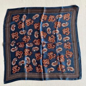 ペイズリープリントサテンスカーフ ブルー|abracadabra