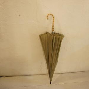 TOPANGA FASHION バンブーハンドル雨傘 カーキ|abracadabra
