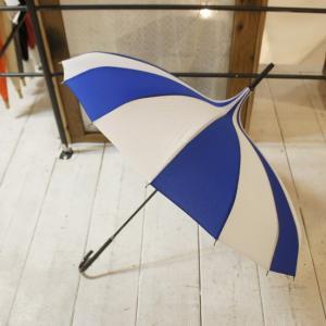 TOPANGA FASHION サーカステントパゴダ雨傘 ストライプ/ブルー|abracadabra