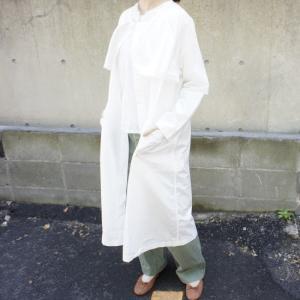 UNIVERSAL TISSU  タイプライターシャツトレンチ ホワイト|abracadabra