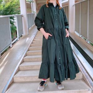 UNIVERSAL TISSU シルキータイプライターギャザーシャツドレス クロ|abracadabra